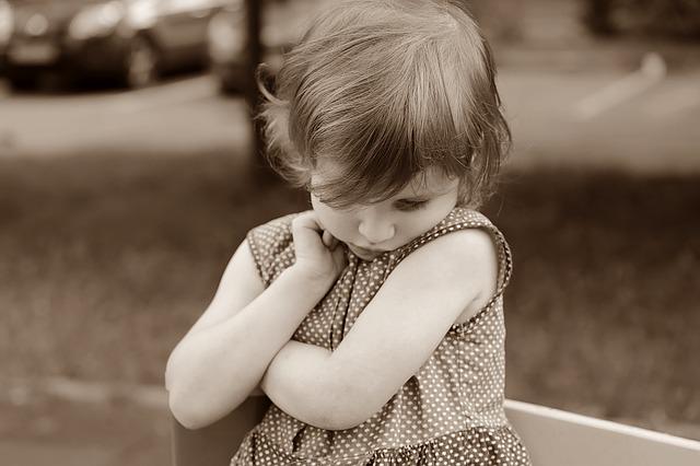 smutné dítě